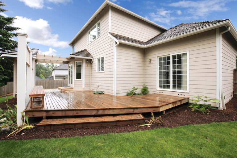 Beaverton Oregon Custom Deck Building