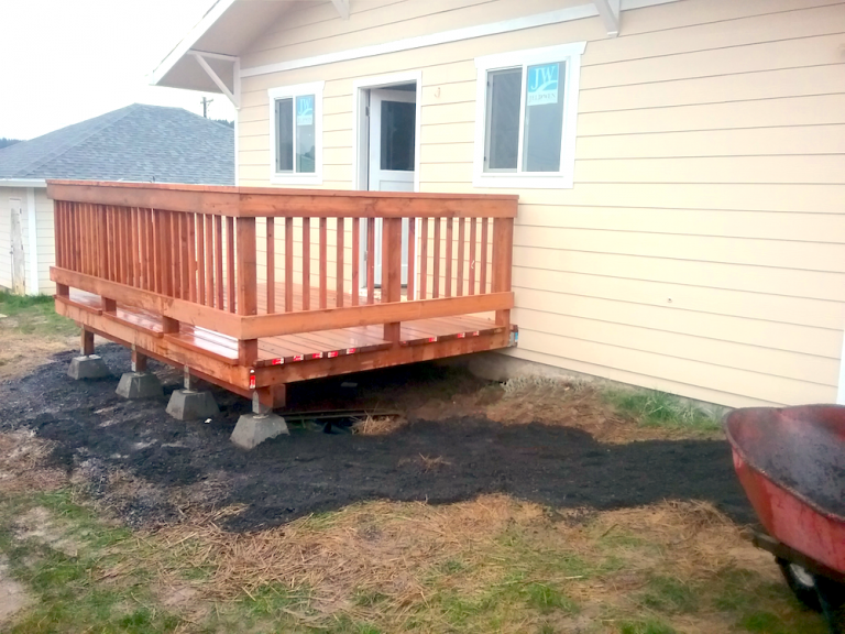 Custom Deck Builders Portland