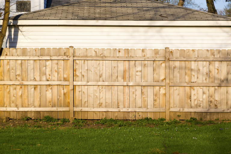 Custom Fence Builders Lake Oswego Oregon